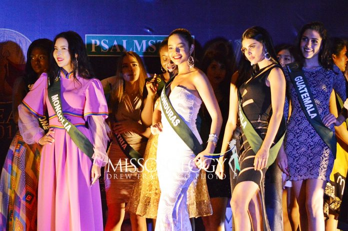 pageantfame.com4662a DSC 0766 696x463 a8bf51217e403e118b1a4bc22a64cd4523edfb36 - Miss Earth 2017 representatives beauty Psalmstre meet-and-greet event